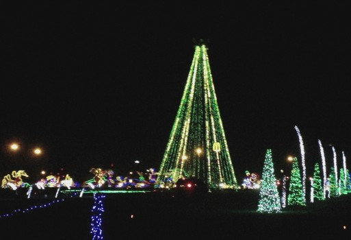 Shadracks Christmas Wonderland.The Bridge At Highland Visit S Music City S Shadrack S